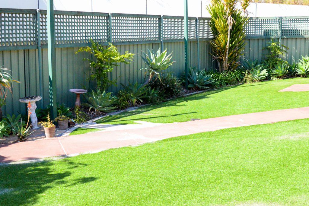 Lyrebird backyard with green grass and pathway